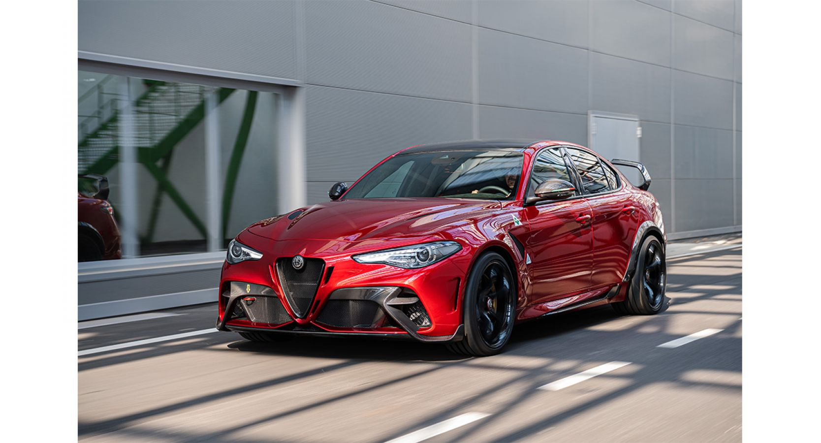 Giulia GTA: Η μεγάλη επιστροφή ενός θρύλου της Alfa Romeo