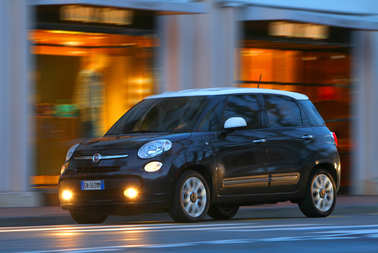 macht fiat 500l und fiat panda noch sicherer city. Black Bedroom Furniture Sets. Home Design Ideas