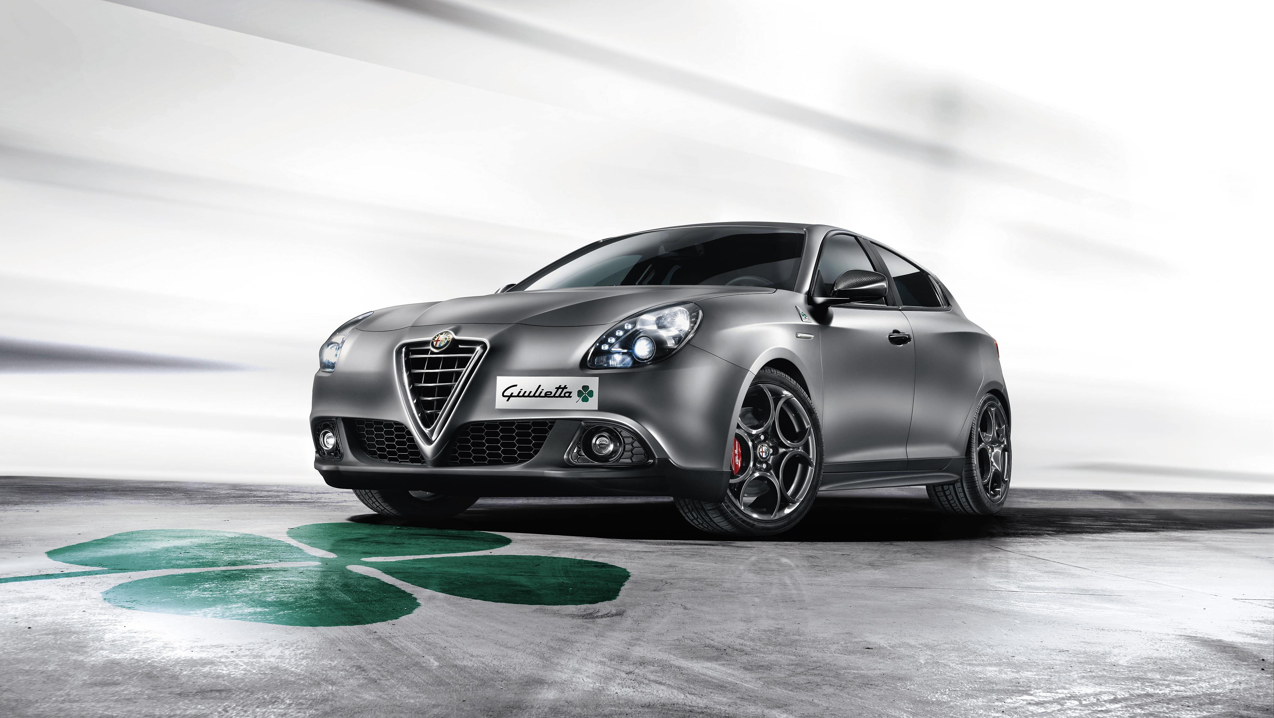 Alfa Romeo Giulia >> Neues Giulietta Topmodell Quadrifoglio Verde TCT - Pressetexte - FCA Germany AG - Pressesystem