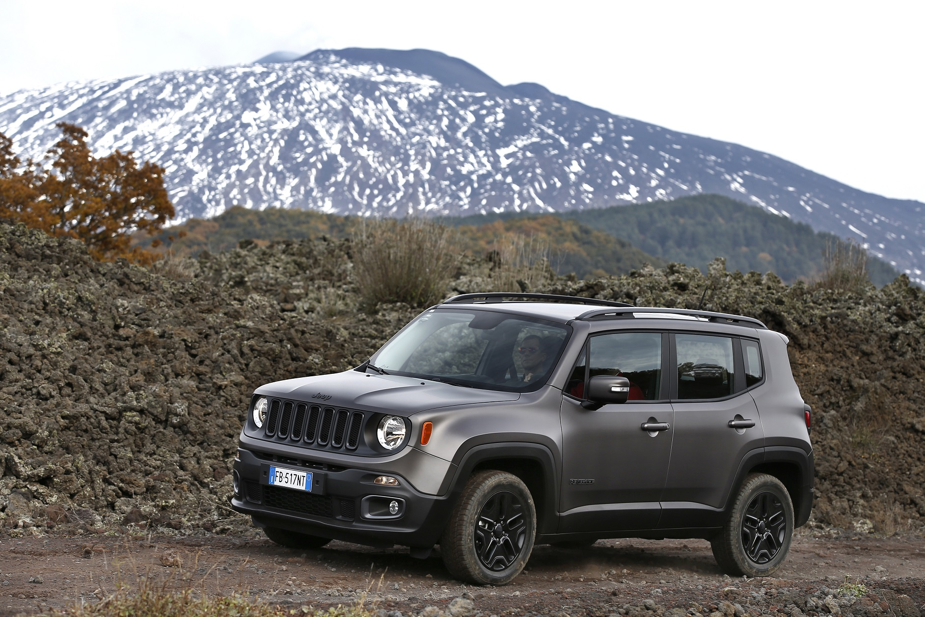 2016 Jeep Compass Latitude >> - Pressetexte - FCA Germany AG - Pressesystem