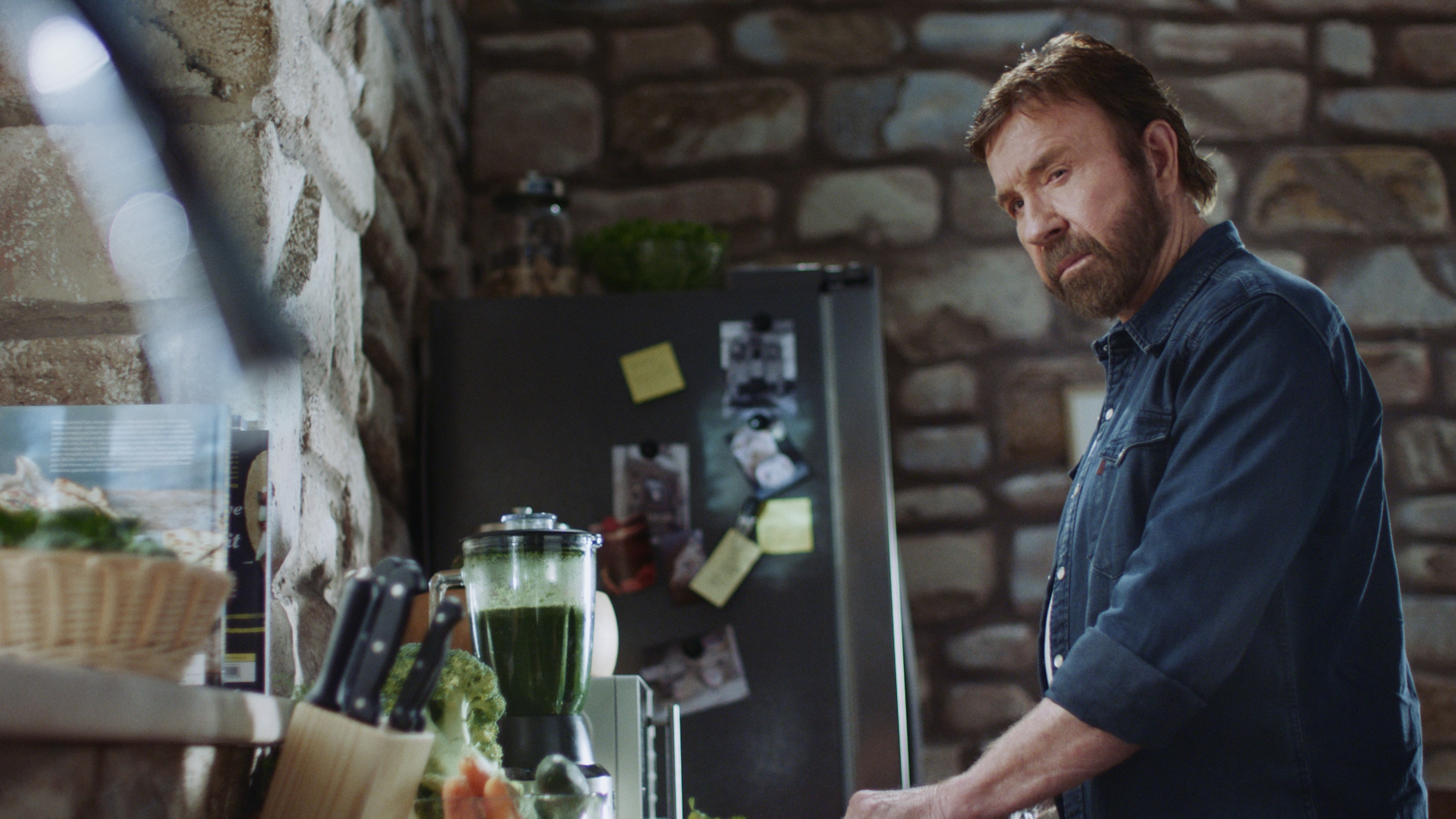 fiat professional startet werbekampagne mit chuck norris in der hauptrolle pressetexte fca. Black Bedroom Furniture Sets. Home Design Ideas