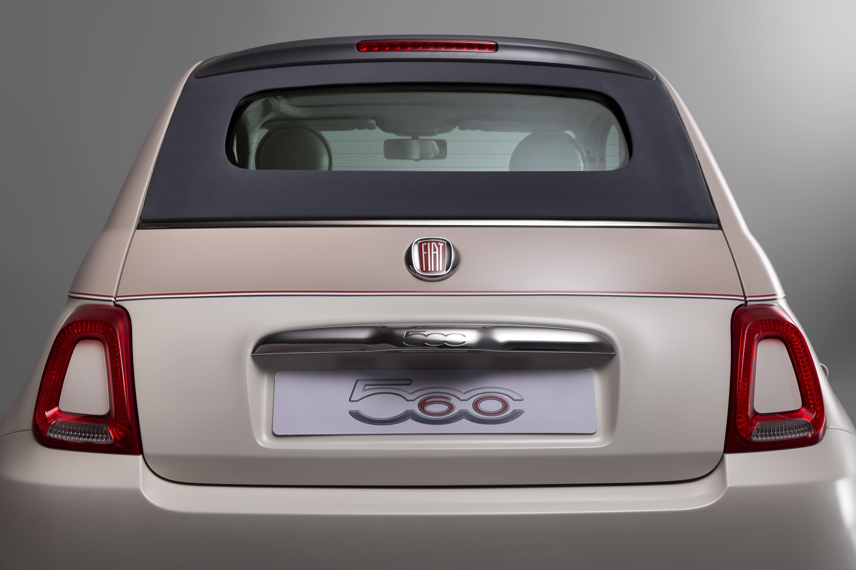 60 jahre fiat 500 ein zeitloses automobil feiert. Black Bedroom Furniture Sets. Home Design Ideas