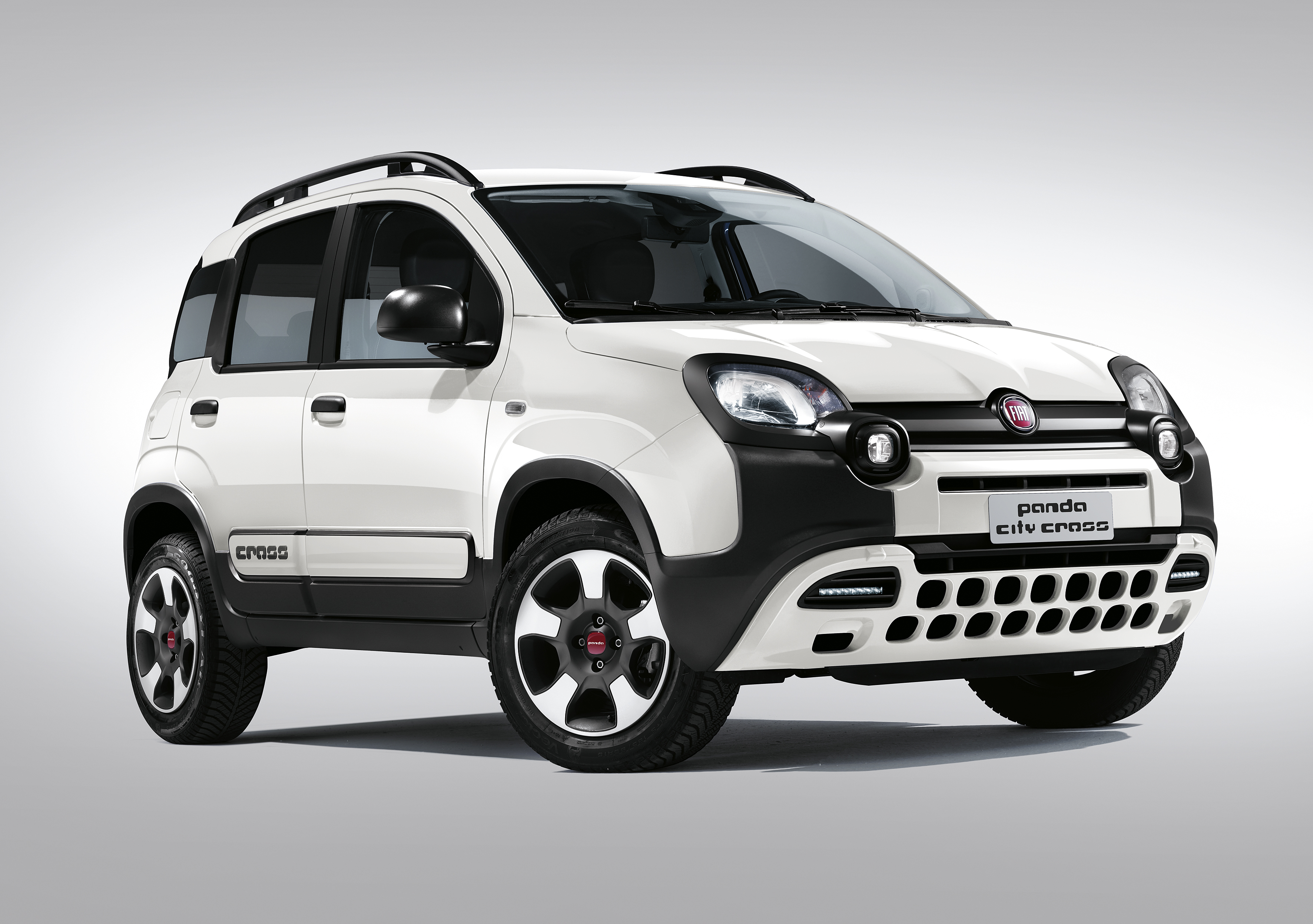 baureihe neu sortiert fiat panda city cross und fiat panda 4x4 wild sind ab sofort zu haben. Black Bedroom Furniture Sets. Home Design Ideas