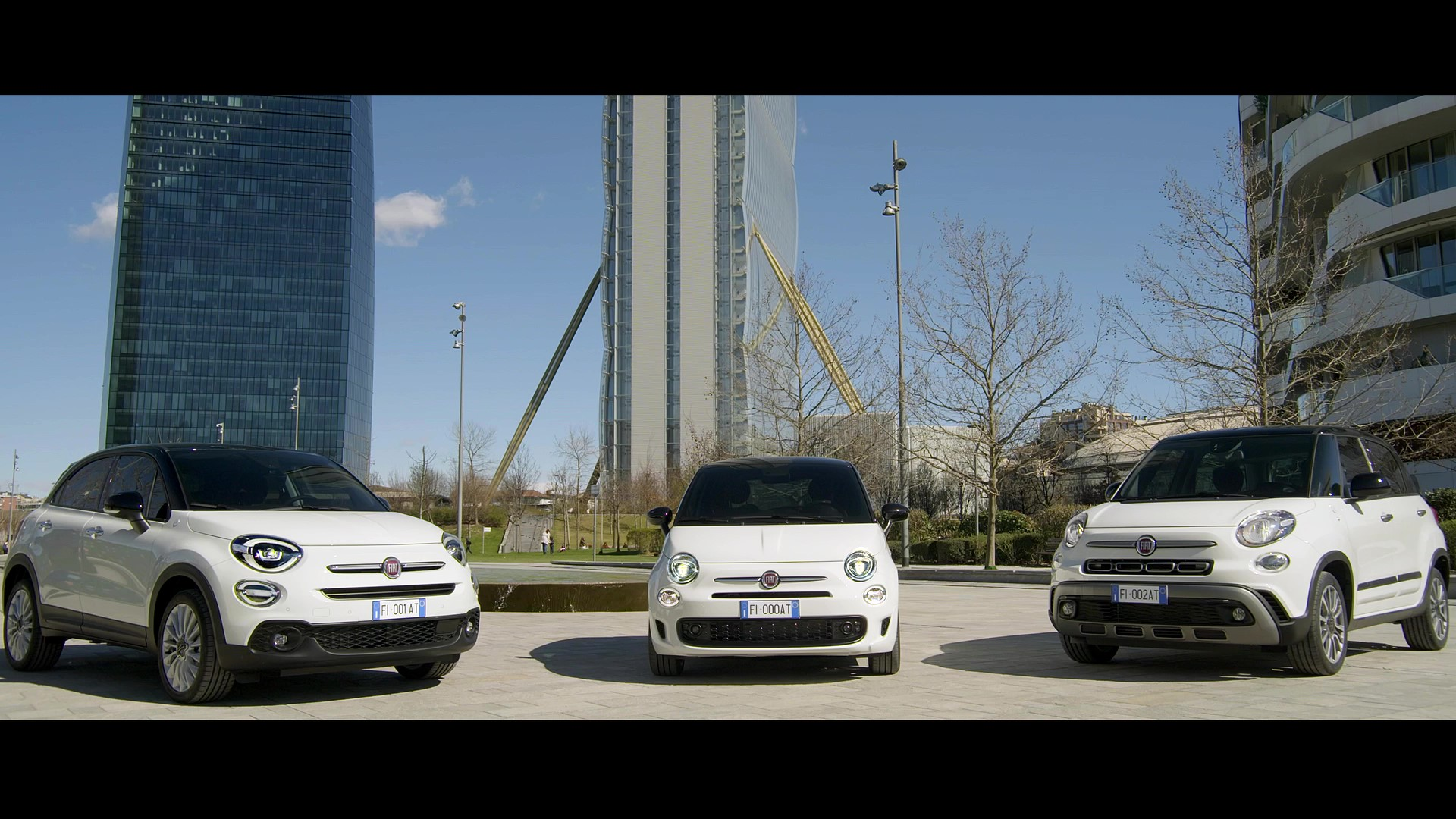 New 500 Family Hey Google Videoclip