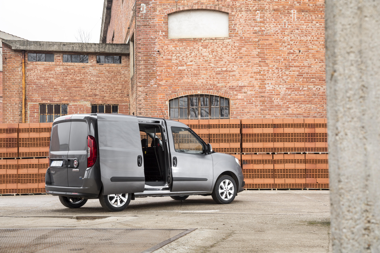 gamme et tarifs du nouveau dobl cargo communiqu s de presse fiat chrysler automobiles press. Black Bedroom Furniture Sets. Home Design Ideas