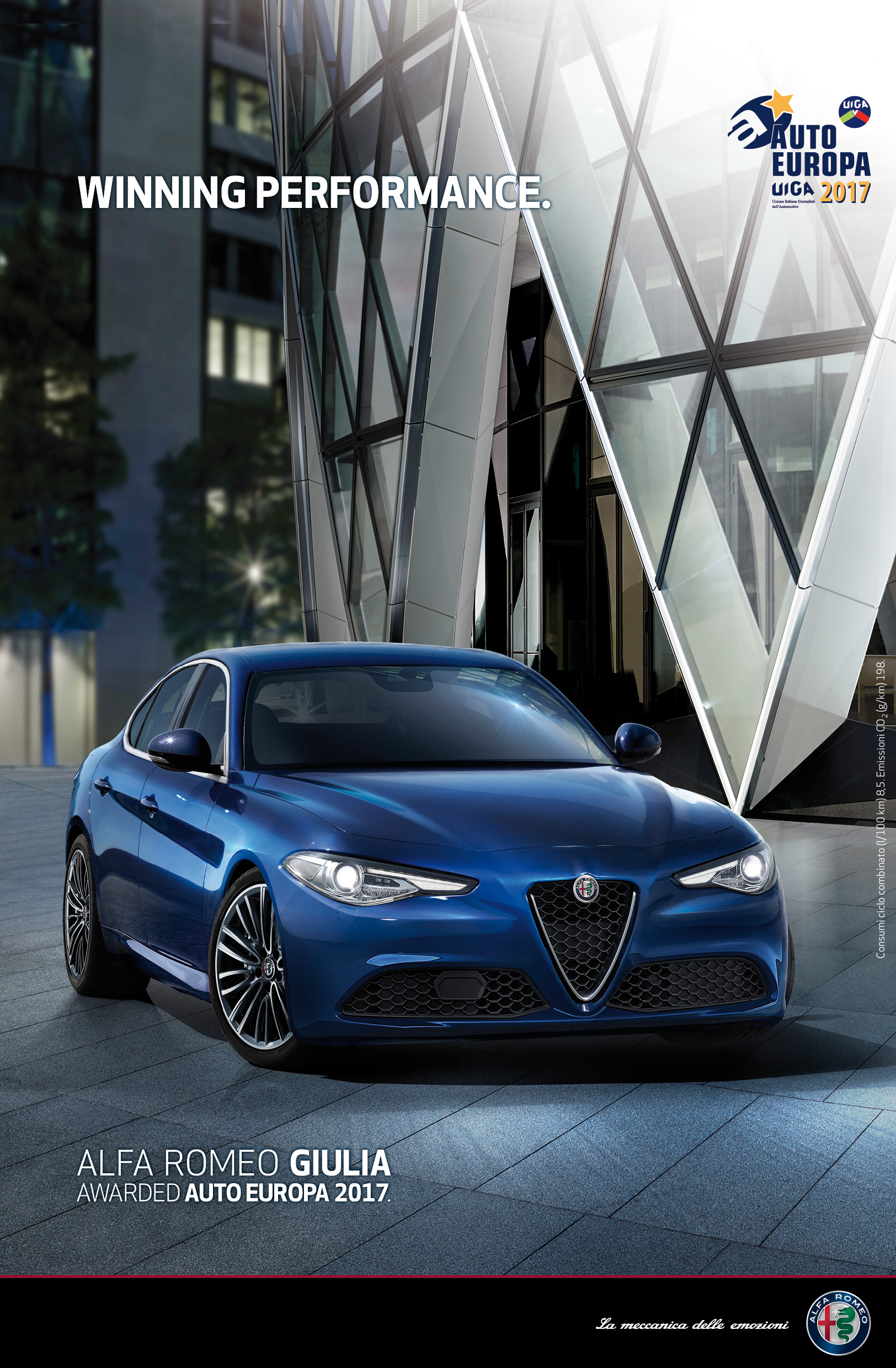 l alfa romeo giulia remporte le titre auto europa 2017 communiqu s de presse fiat. Black Bedroom Furniture Sets. Home Design Ideas