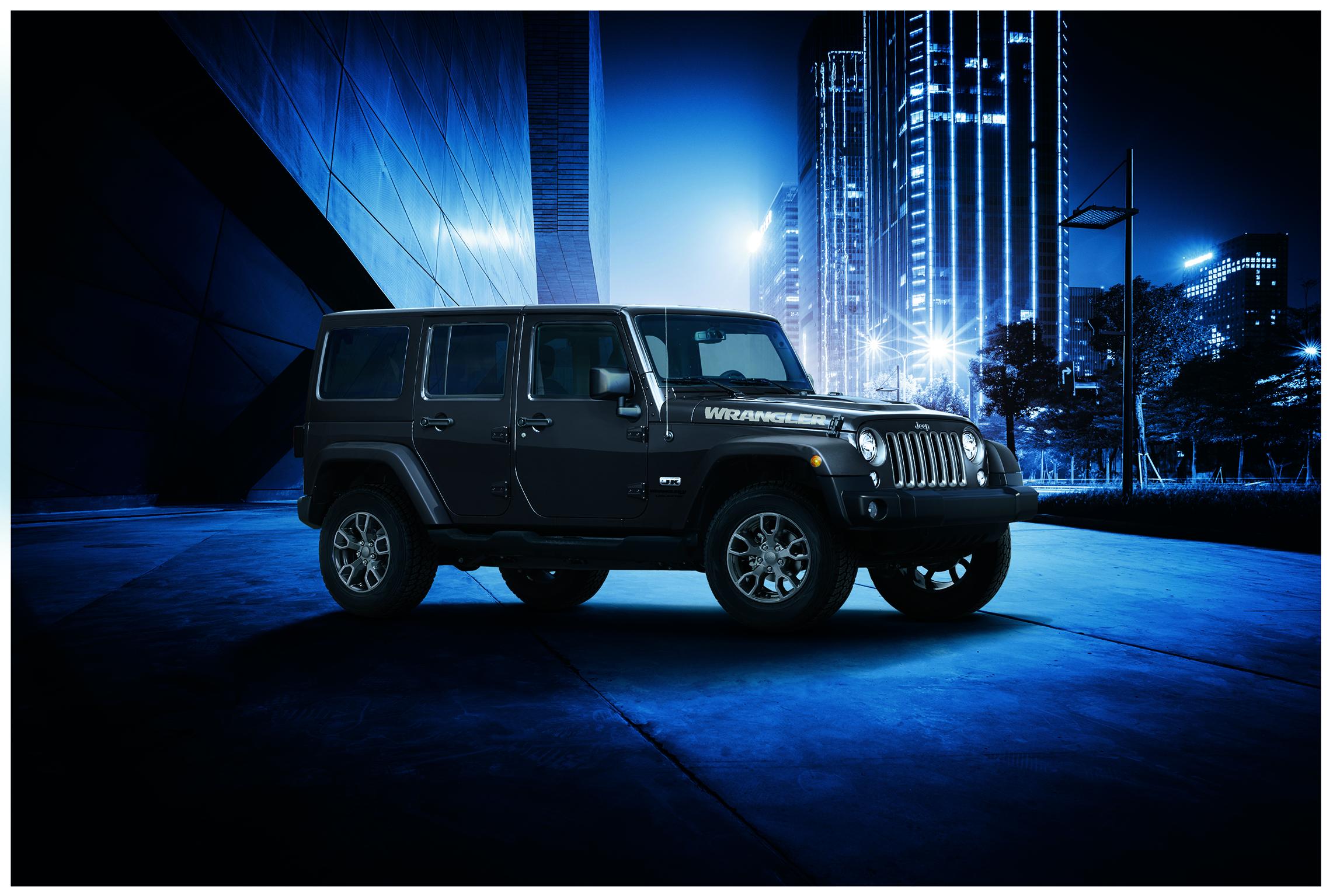 derni res s ries limit es collector pour la jeep wrangler jk communiqu s de presse fiat. Black Bedroom Furniture Sets. Home Design Ideas