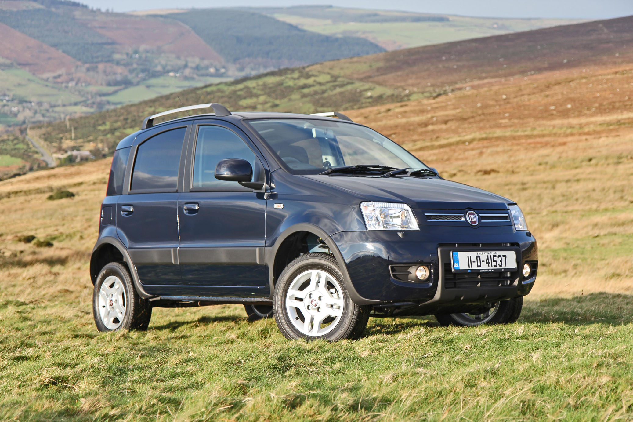 Fiat Panda Cross 4x4. Fifth Gear review. - YouTube