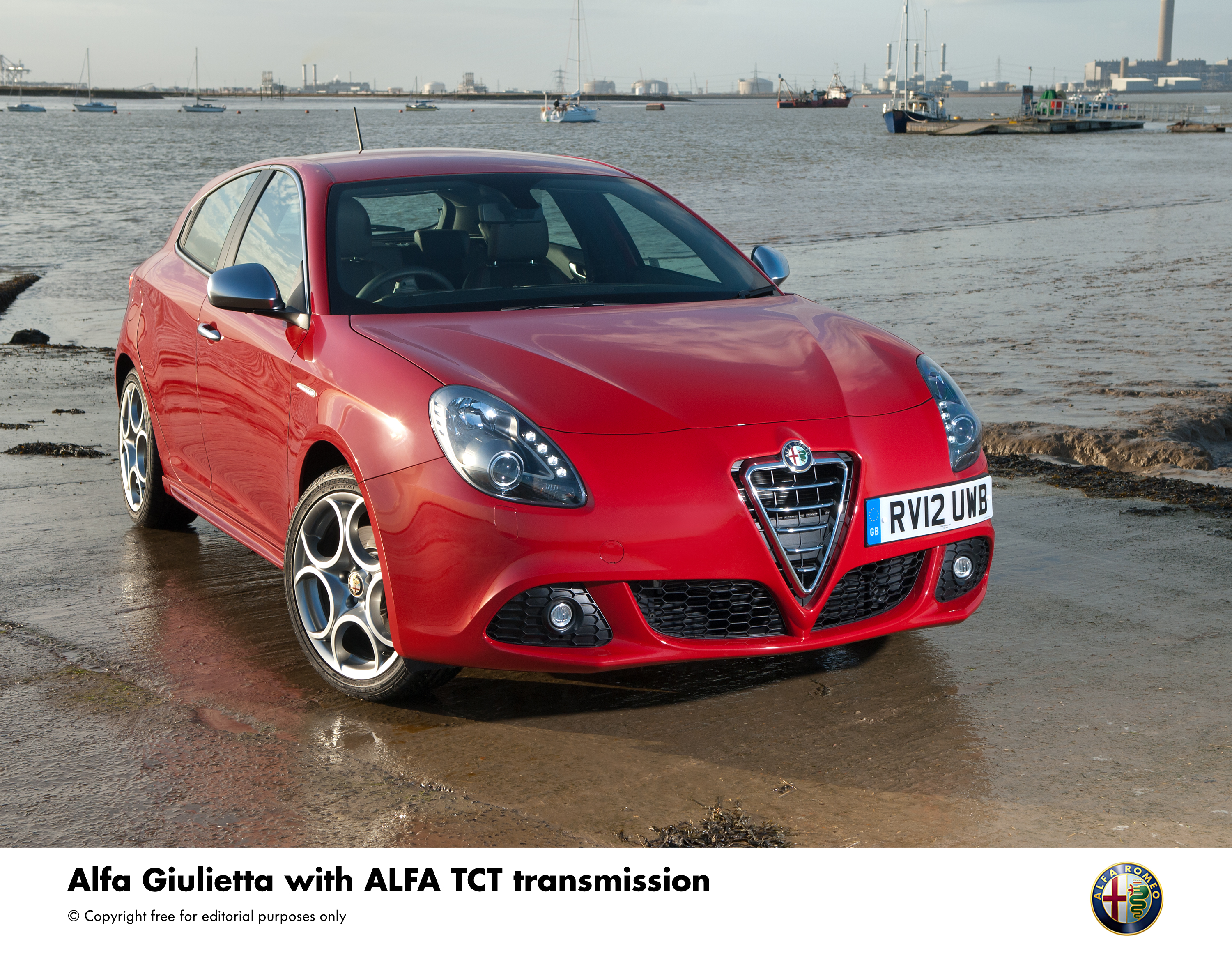 Alfa Tct Semi Automatic Transmission Available In Uk Giulietta Range Romeo Images