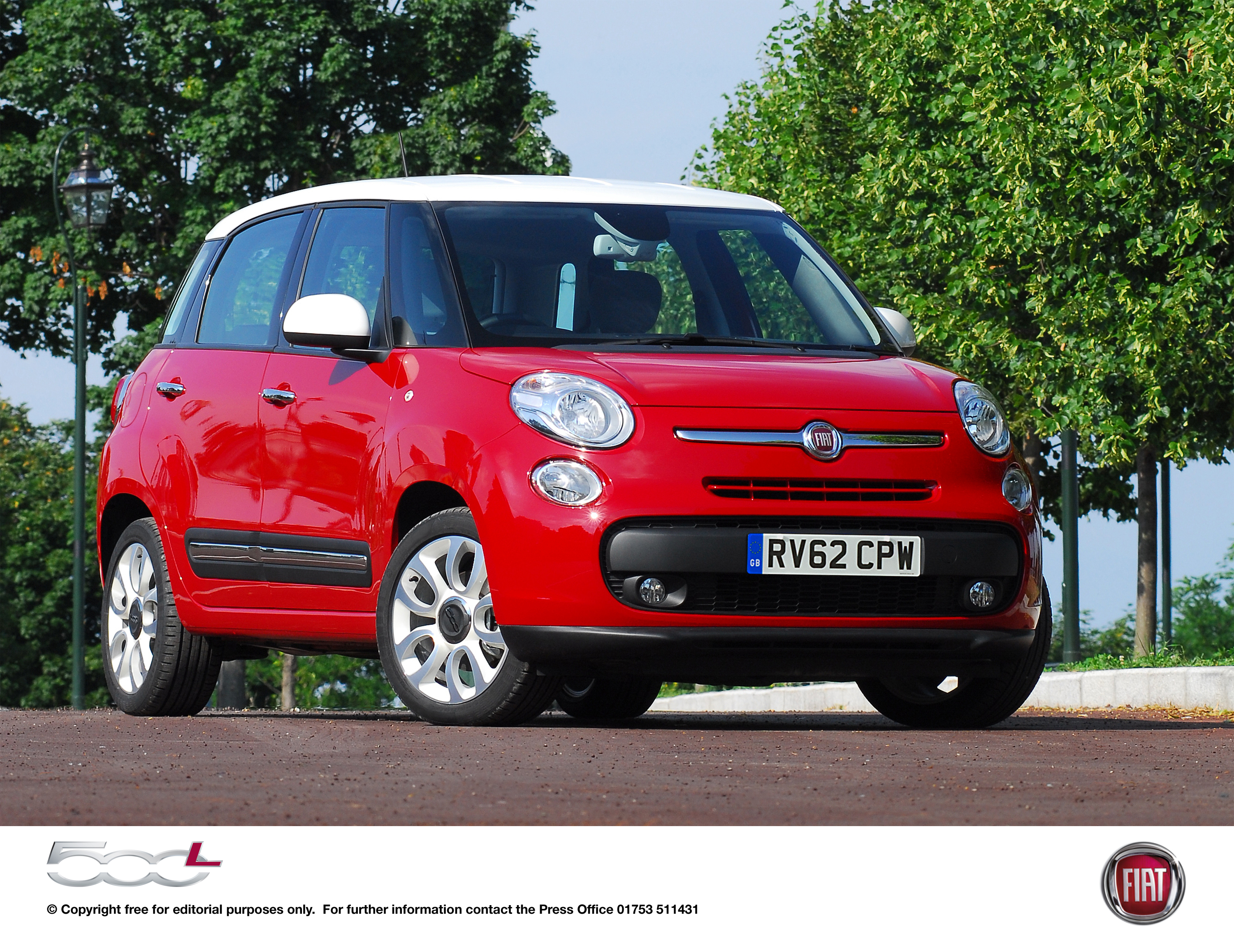 fiat 500l 500 goes large press pack press fiat group automobiles press. Black Bedroom Furniture Sets. Home Design Ideas