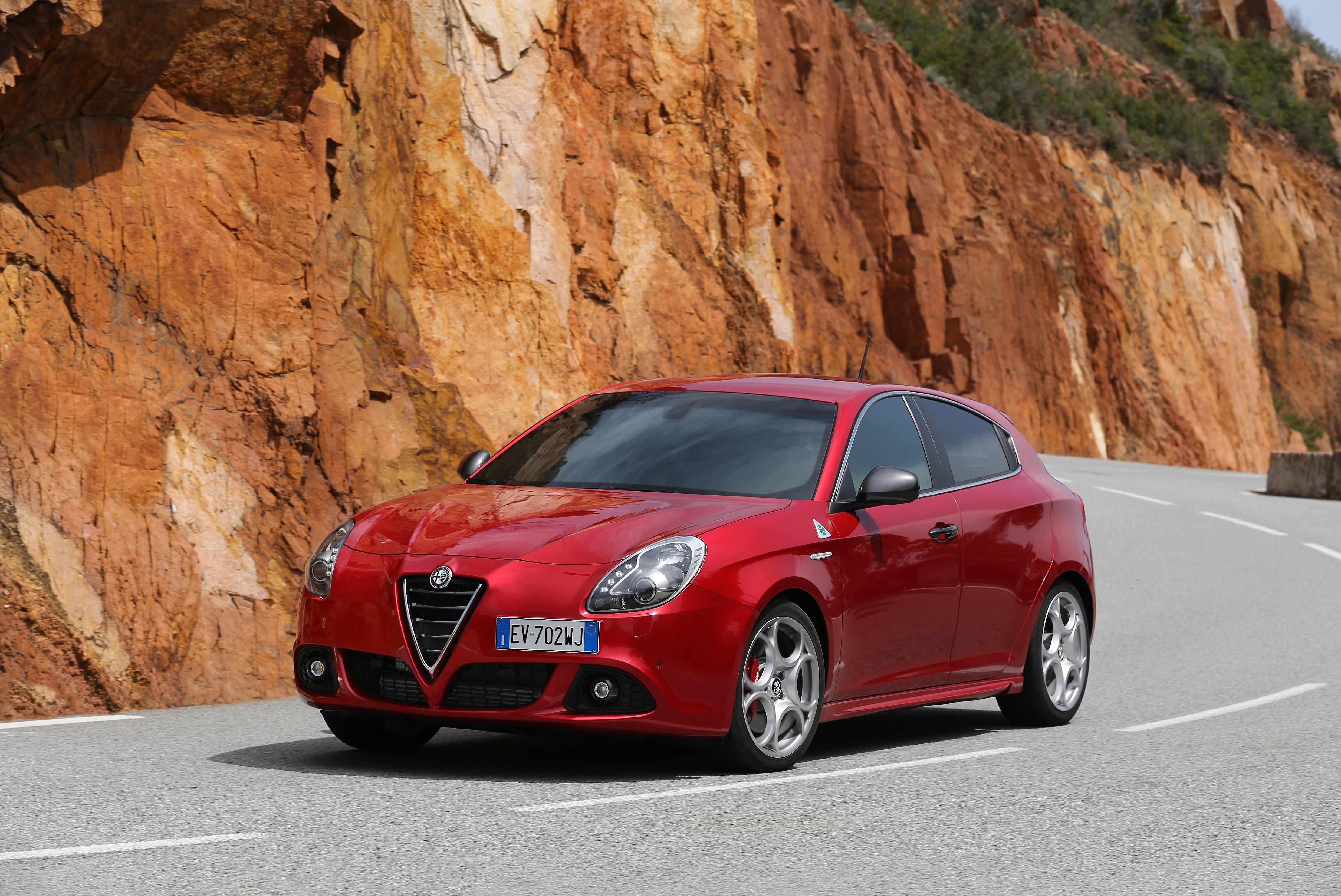 Alfa romeo giulietta technical specifications 15